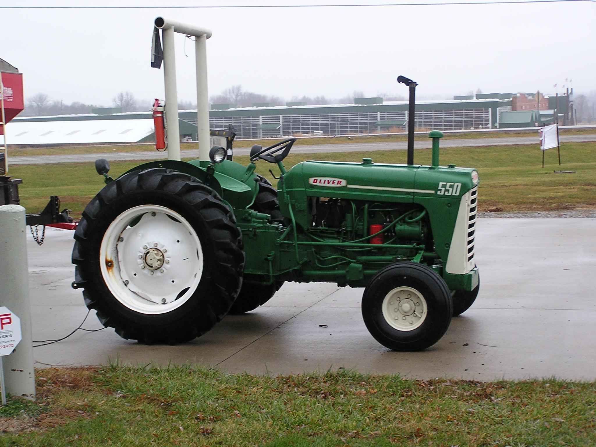 Oliver 550 Parts : Tractors
